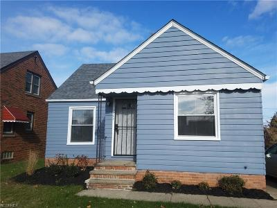 Garfield Heights Single Family Home For Sale: 10407 McCracken Blvd