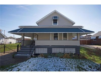 Parma Single Family Home For Sale: 7011 Laverne Ave