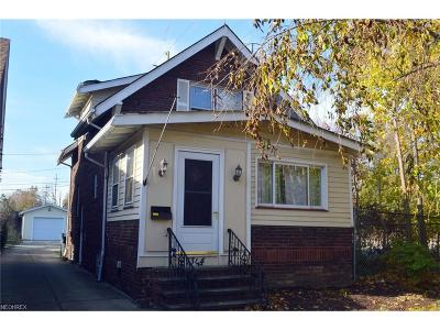 Lakewood Single Family Home For Sale: 1344 Manor Park Ave