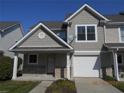Cleveland Condo/Townhouse For Sale: 17610 Wildwood Ln #315