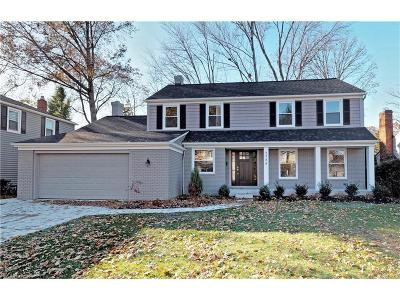 Rocky River Single Family Home For Sale: 2788 Kingsbury Dr