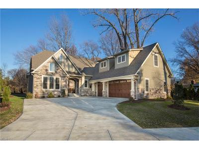 Rocky River Single Family Home For Sale: 2781 Country Club Blvd