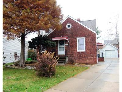 Garfield Heights Single Family Home For Sale: 4811 East 96th St