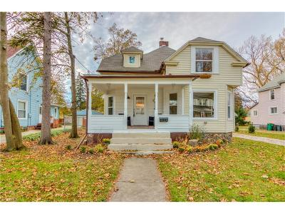 Willoughby Single Family Home For Sale: 4428 Center St