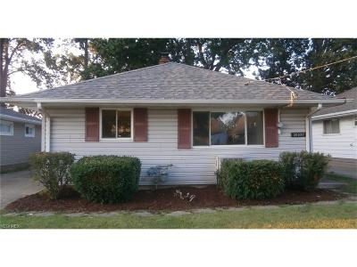 Wickliffe Single Family Home For Sale: 30097 Regent Rd