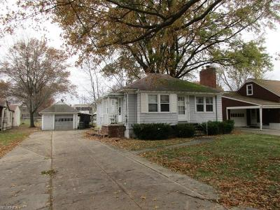 Berea Single Family Home For Sale: 83 Sprague Rd
