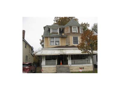 Cleveland Multi Family Home For Sale: 1606 East 85th St