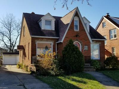 Parma Single Family Home For Sale: 2213 Brookview Blvd