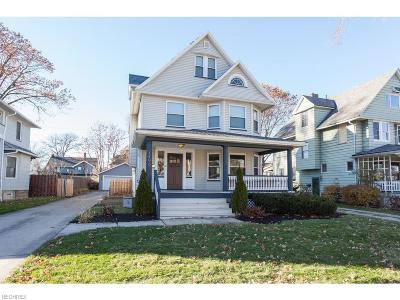 Lakewood Single Family Home For Sale: 1496 Mars Ave