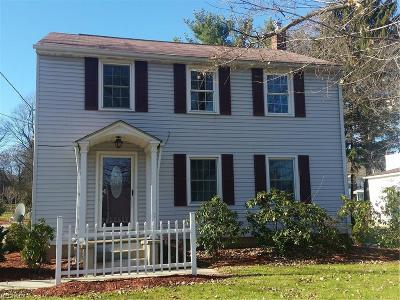 Geauga County Single Family Home For Sale: 15192 South State Ave