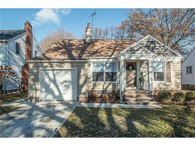 Rocky River Single Family Home For Sale: 20152 Bonnie Bank Blvd