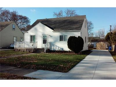 Single Family Home For Sale: 4406 West 189th St
