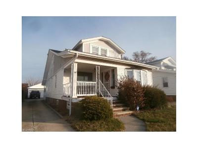Parma Single Family Home For Sale: 7514 Bertha Ave