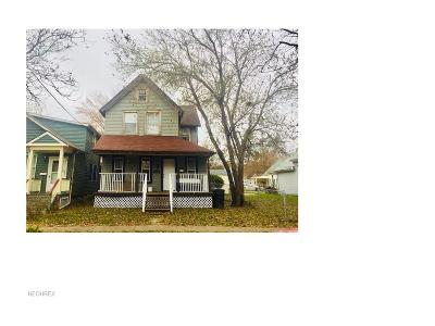 Multi Family Home For Sale: 4300 Apple Ave