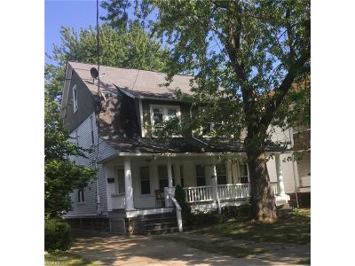 Lakewood Multi Family Home For Sale: 1497 Ridgewood Ave