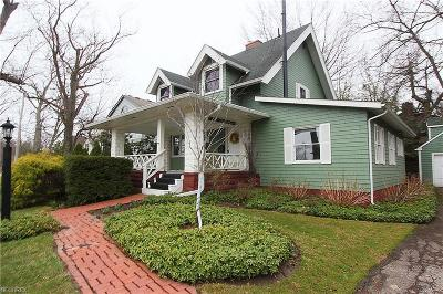 Bay Village, Rocky River Single Family Home For Sale: 25007 Sunset Dr