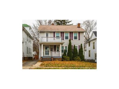 Lakewood Multi Family Home For Sale: 1336 Cranford Ave