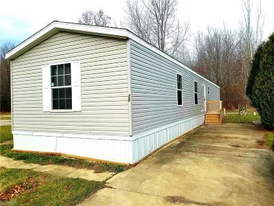 Geneva Single Family Home For Sale: 3583 Austin Manor #28 N