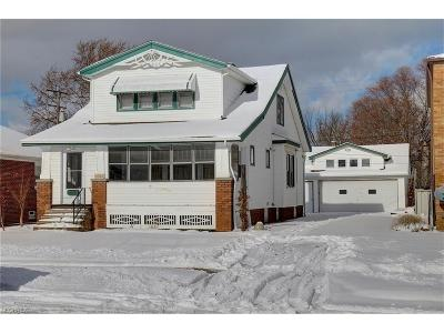Parma Single Family Home For Sale: 3706 Dawnshire Dr