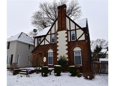 Lakewood Single Family Home For Sale: 2380 Northland Ave