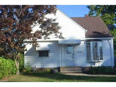 Wickliffe Single Family Home For Sale: 30032 Halifax St