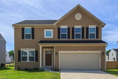 Painesville Township Single Family Home For Sale: 1950 Spruce Ln