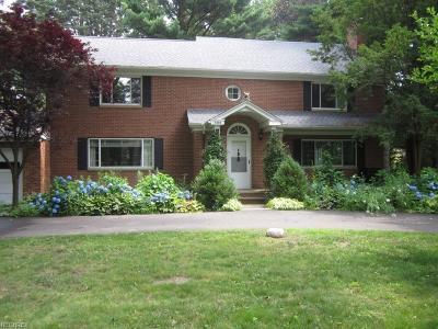 Kent Single Family Home For Sale: 7336 Westview Rd