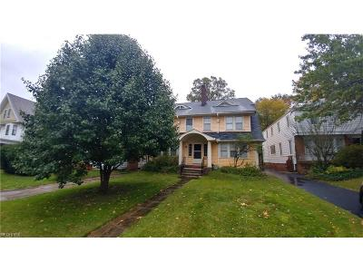 Cuyahoga County Multi Family Home For Sale: 2285 South Overlook Rd