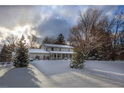 Mentor Single Family Home For Sale: 6840 Michael Dr