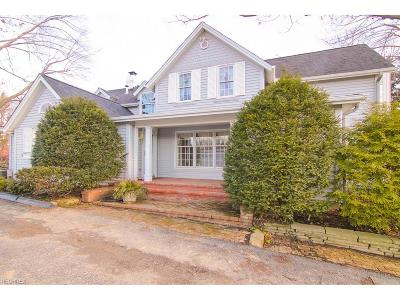 Broadview Heights Single Family Home For Sale: 2456 Boston Rd
