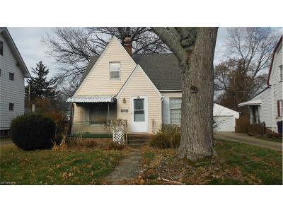 Cleveland Single Family Home For Sale: 17404 Elsienna Ave