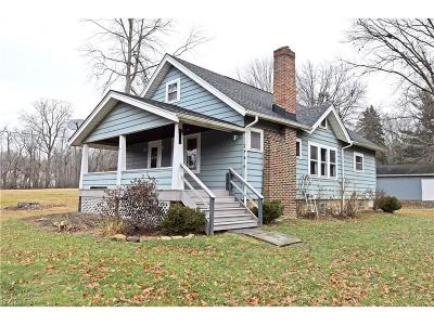 Girard Single Family Home For Sale: 1425 Keefer Rd