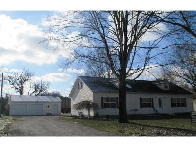 Zanesville Single Family Home For Sale: 3514 Darlington Dr