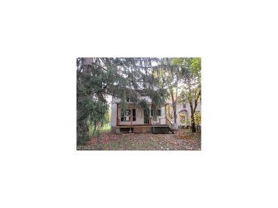 Ashtabula Single Family Home For Sale: 614 West 58th St