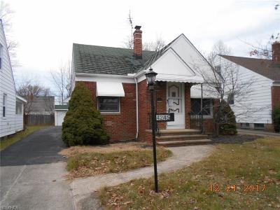 South Euclid Single Family Home For Sale: 4245 Wyncote Rd