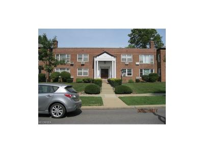 Shaker Heights Condo/Townhouse For Sale: 17007 Van Aken Blvd #103
