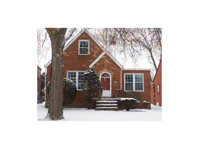 Parma Single Family Home For Sale: 1407 Brookview Blvd