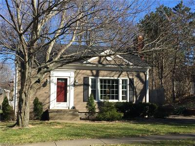 Rocky River Single Family Home For Sale: 1415 Homeland Dr