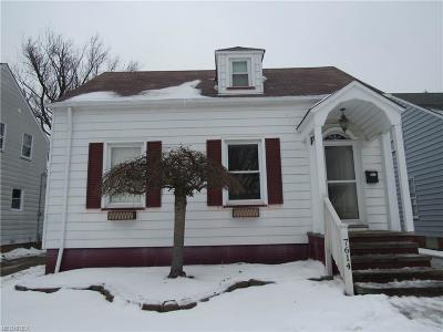 Parma Single Family Home For Sale: 7614 Ackley Rd