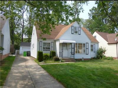 South Euclid Single Family Home For Sale: 988 Glenside Rd