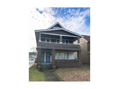 Cleveland Multi Family Home For Sale: 18012 Hillgrove Ave