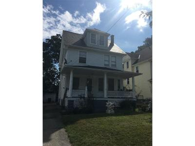 Bay Village, Rocky River, Fairview Park, Westlake, Lakewood Single Family Home For Sale: 1463 Ridgewood Ave