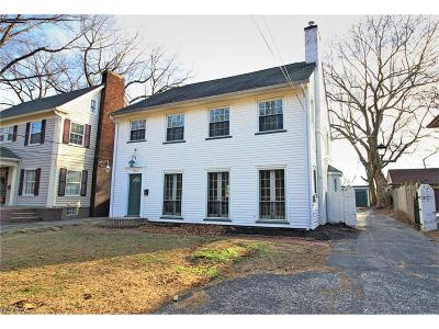 Bratenahl Single Family Home For Sale: 10622 Lake Shore Blvd