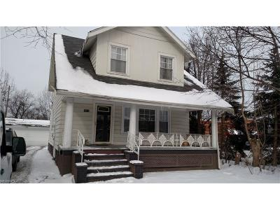 Cleveland Heights Single Family Home For Sale: 3817 Monticello Blvd