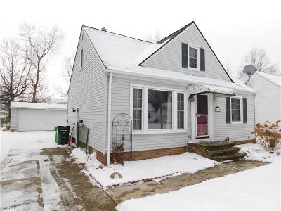 Willowick Single Family Home For Sale: 30108 Fern Dr