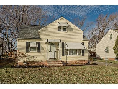 Willoughby Single Family Home For Sale: 3800 East 365th St
