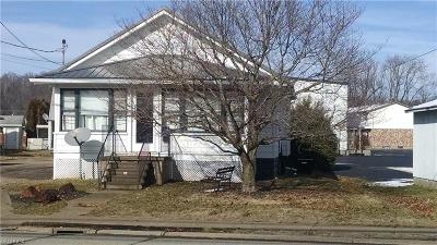 Belpre Single Family Home For Sale: 2002 Washington Blvd