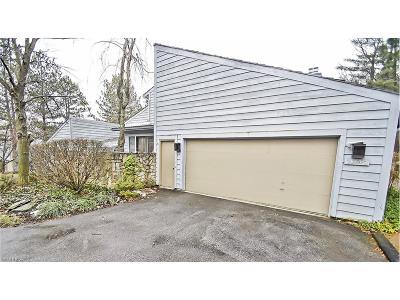 Orange Condo/Townhouse For Sale: 3863 Beechnut Ct #M2
