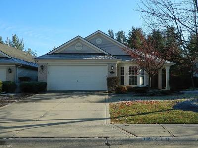 Strongsville OH Single Family Home For Sale: $171,000