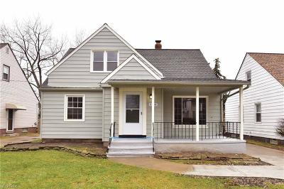 Garfield Heights Single Family Home For Sale: 5258 East 105th St